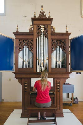 photo of the new Taylor & Boody organ